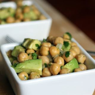 Avocado and Chickpea Salad Recipe