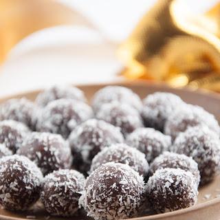 No-Bake Marzipan Rum Balls