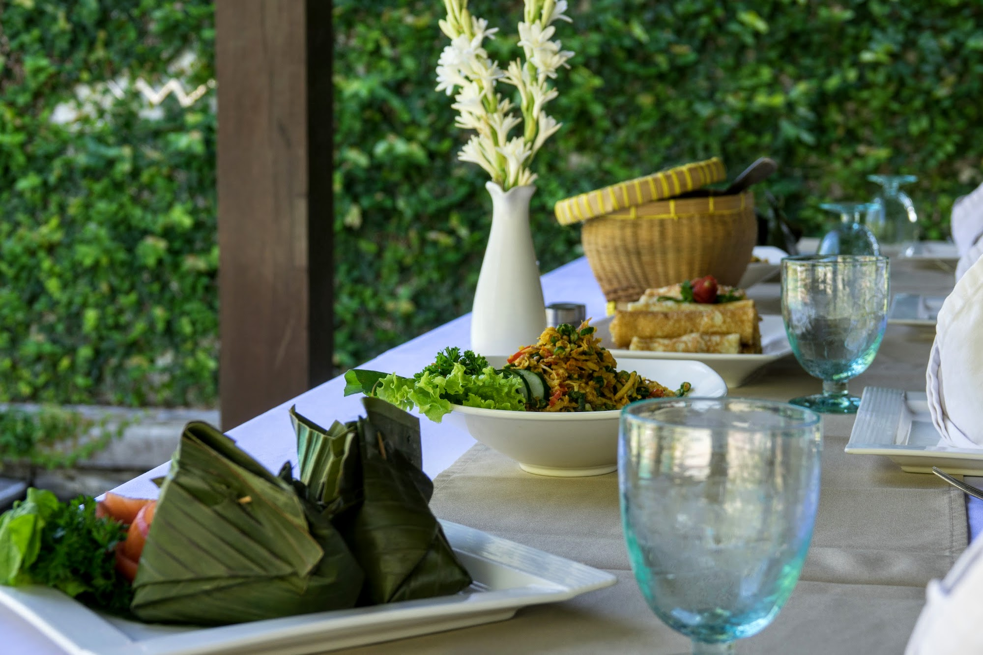 A Taste Of Indonesia Balinese Cooking Class At The Amala Ze - Cuisine balinaise