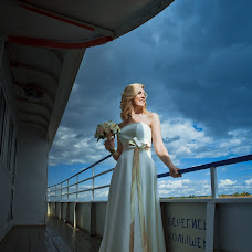 Wedding photographer Kseniya Puntus (puntus). Photo of 11.09.2014