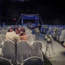 Wedding photographer Luis Sarmiento (luissar). Photo of 24.07.2015
