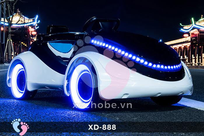 Xe ô tô điện trẻ em XD-888