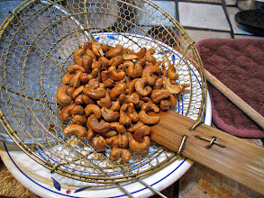 Photo: fried cashews for the mushroom salad