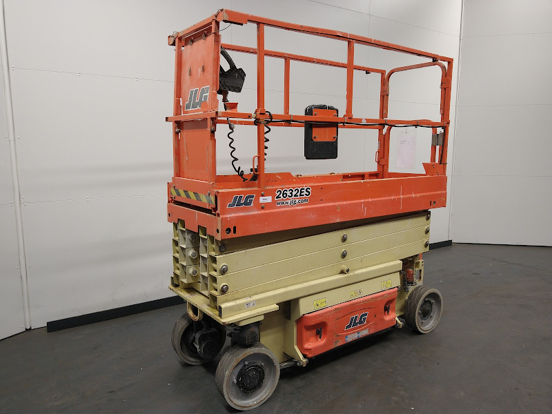 Picture of a JLG 2632ES