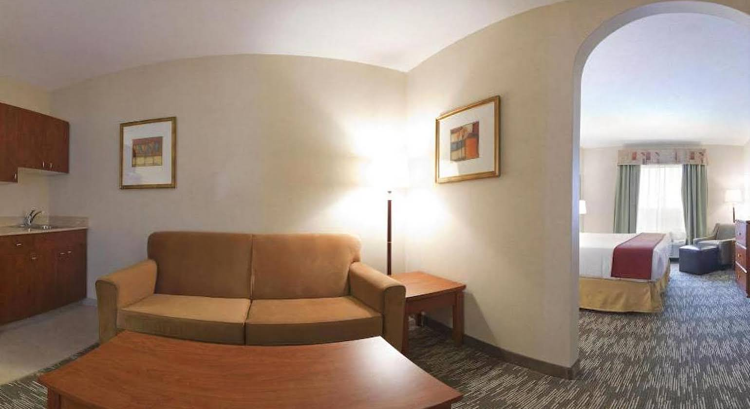 Holiday Inn Express Hotel & Suites-Edmonton South