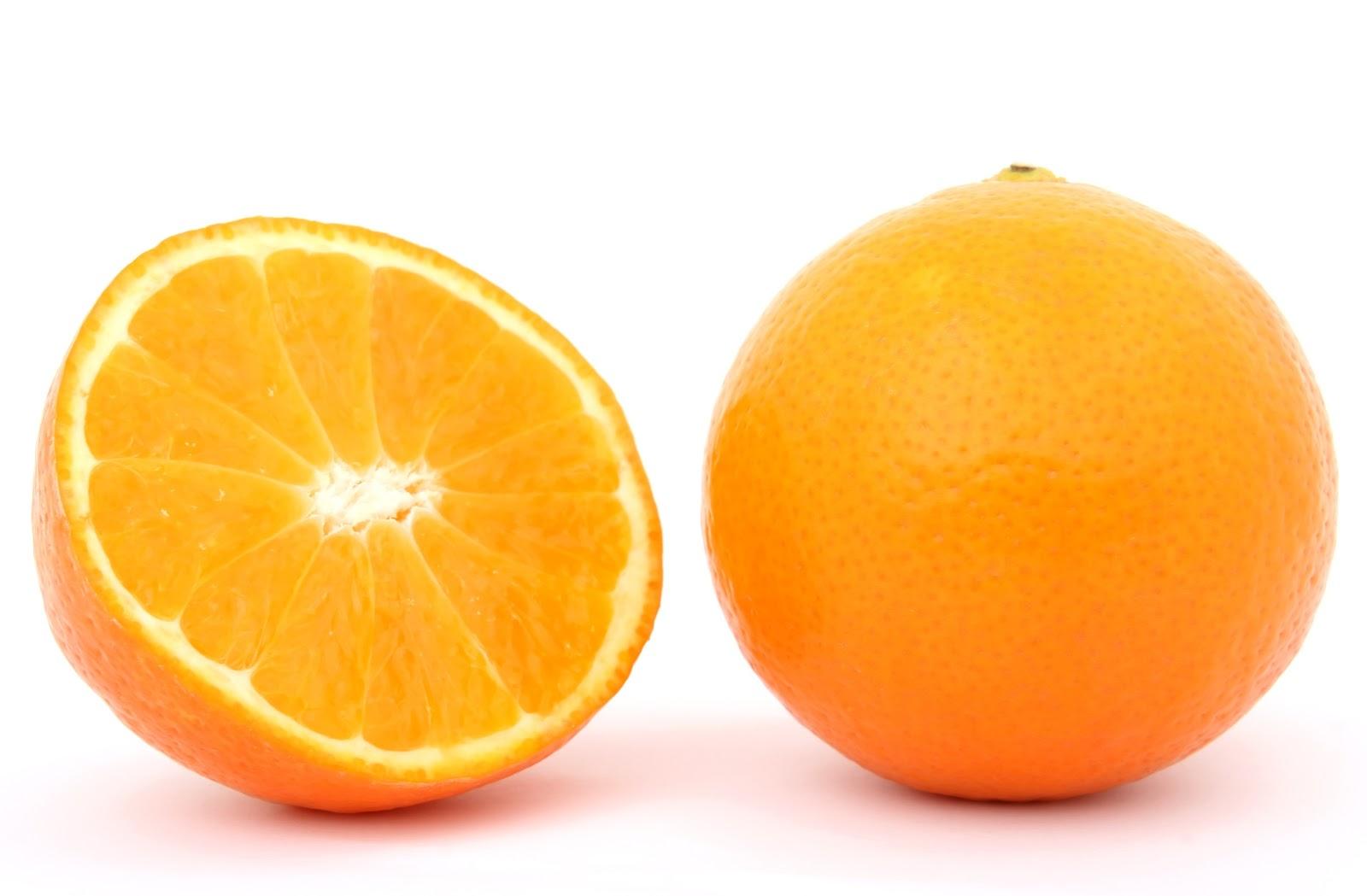 תפוז ועוד חצי פרוס כתום
