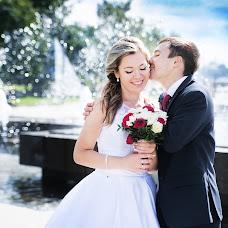 Wedding photographer Elina Leonova (ElinaL). Photo of 23.11.2015