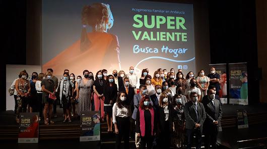 Buscan familias de acogida para 348 menores en Almería