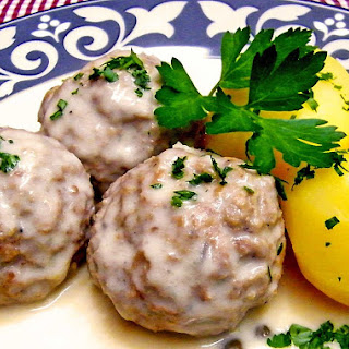 Koenigsberger Meatballs