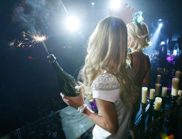 Champagne potlatch and the elite 'models and bottles' nightclubs