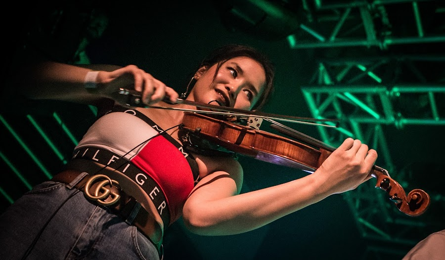 No Strings Attached, Edinburgh, Liquid Rooms by Dave Hudson - People Musicians & Entertainers