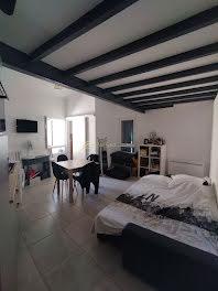 studio à Castillon-du-Gard (30)