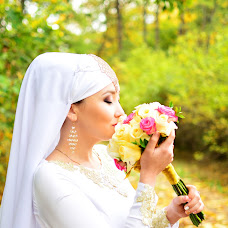 Wedding photographer Razina Rakhmangulova (razina). Photo of 19.05.2017