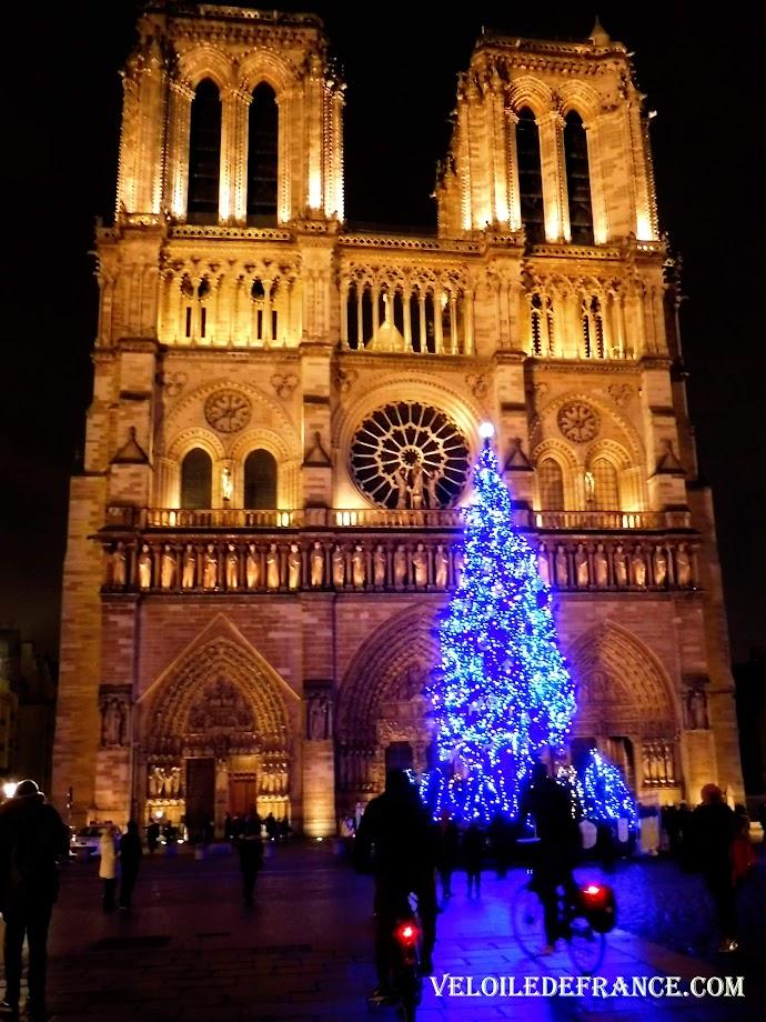 Notre Dame de Paris Noel