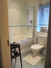 Photo: Second bathroom, director's flat