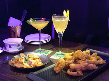 Savior Lounge Bar 救世主小酒館