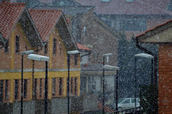 neve sul borgo