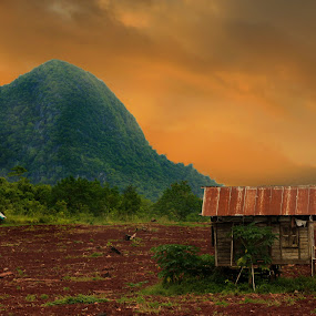 Begin by Premtawi Thinkfoto - Landscapes Mountains & Hills ( mountains, nature, background, travel, landscape )