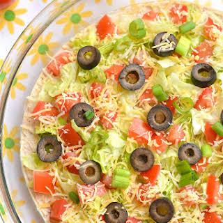 Healthy Taco Dip with Greek Yogurt {GF, Low Calorie}.