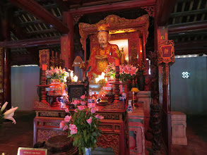 Photo: Inside the Chinese Confucian temple