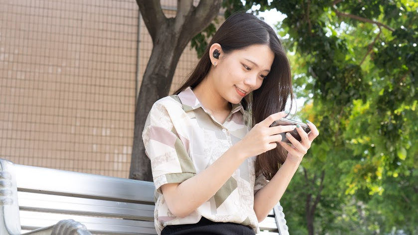 Beats 幕後推手「魔聲 Monster」 Clarity 101 Airlinks 真無線藍牙耳機開箱