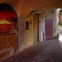 La porta dipinta....