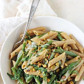 Lemon Garlic Pasta Skillet with Green Beans