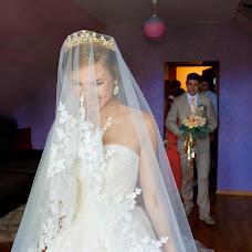 Wedding photographer Dariya Izotova (DariyaIzotova). Photo of 19.04.2018