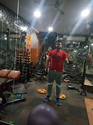 Evolve Fitness Redefined East Of Kailash photo 2