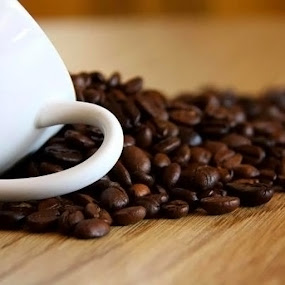 Coffee Beans by Silvana Schevitz - Artistic Objects Cups, Plates & Utensils ( pwccups )