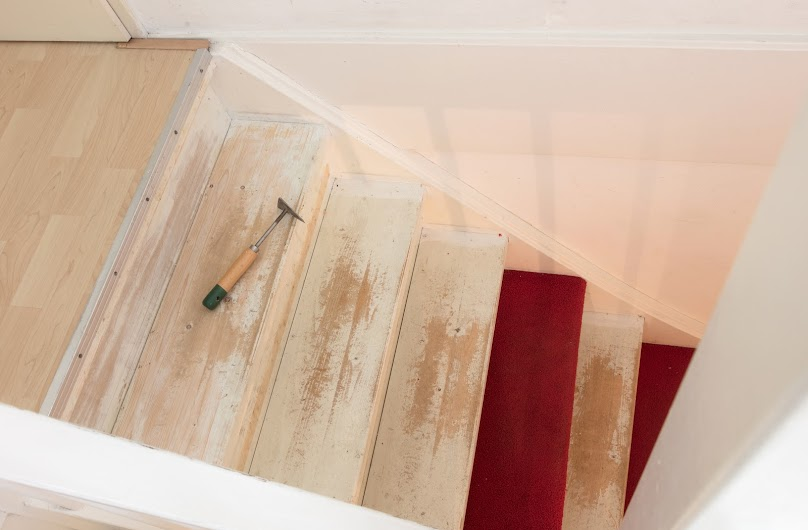 Odnowienie drewnianych schodów krok po kroku