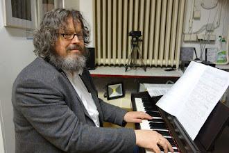 Photo: VERNISSAGE FOTOAUSSTELLUNG WERNER KAUFMANN am 12.4.2016. Univ. Prof. Dr. Peter Reichl. Foto: Peter Skorepa