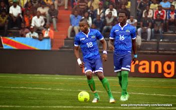 Photo: David Simbo and Abdul Rahman Bangura        [Leone Stars v DR Congo, 10 September 2014 (Pic © Darren McKinstry / www.johnnymckinstry.com)]