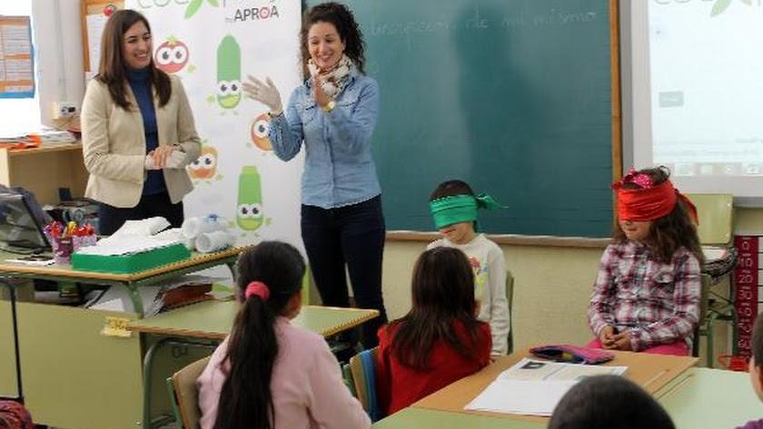 La campaña se desarrolla en centros escolares de la provincia.