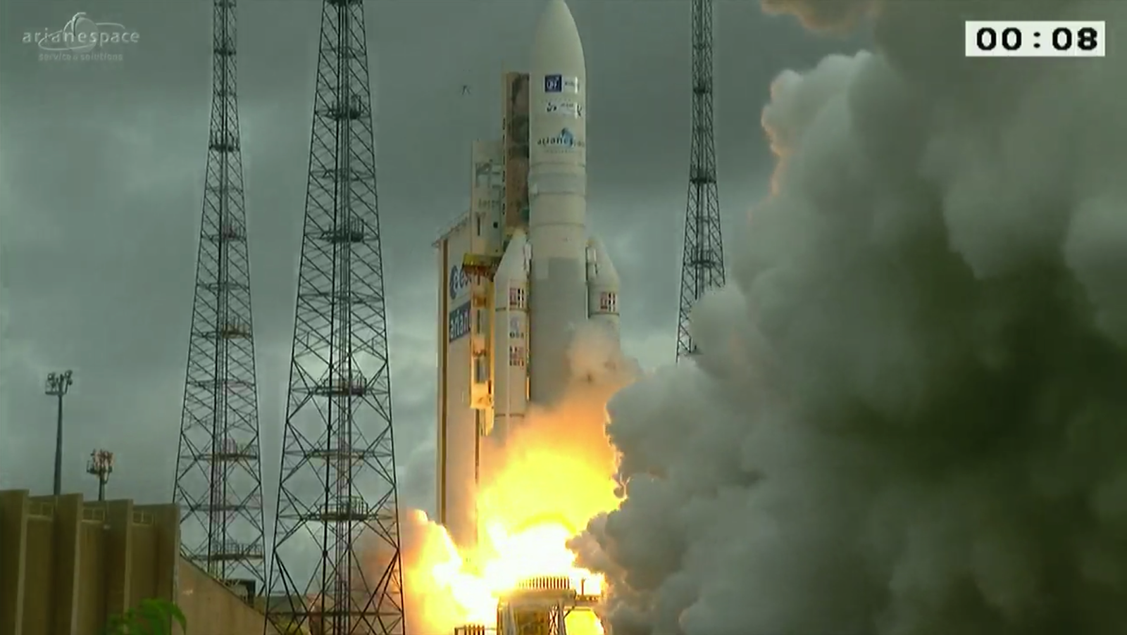 Ariane_5_liftoff.png