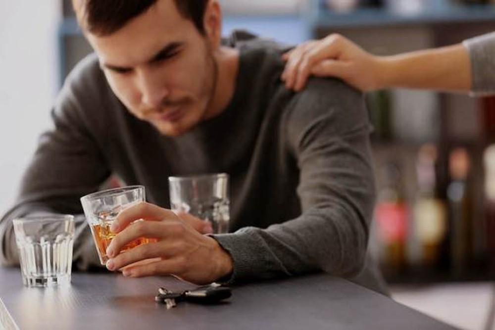 đàn ông nên làm gì sau khi chia tay