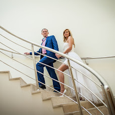 Wedding photographer Maksim Kolomychenko (maxcol). Photo of 04.12.2013