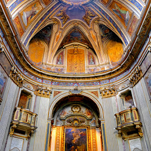 Cathedral in Rome4.jpg