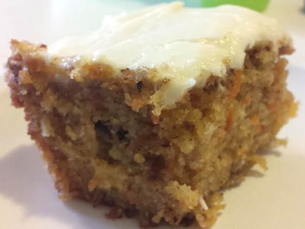 Grandma Carolyn's Carrot Cake Recipe
