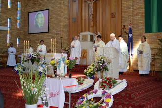 Photo: Lễ An Táng tại nhà thờ