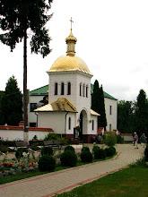 Photo: W klasztorze przebywa 10 braci zakonnych, którzy zgodnie z tradycją zajmują się podtrzymywaniem wiary prawosławnej na Podlasiu.