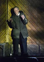 """Photo: EISWIND von Arpad Schilling - ein """"Anti-Orban-Projekt im Wiener Akademietheater. Premiere am 25.5.2016. Inszenierung: Arpad Schilling. Falk Rockstroh.  Copyright: Barbara Zeininger"""