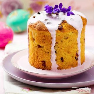 Kulich (Russian Easter Bread)