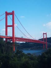 Photo: いつも、ここを通っていますが今日は、ゆっくりと見物して。 そーです! 平戸大橋です!