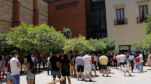 Más de 12.000 solicitudes en Almería para ser vigilante de la playa
