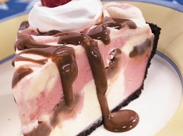 Easy Cool Fudge & Raspberry Sherbet Pie Recipe