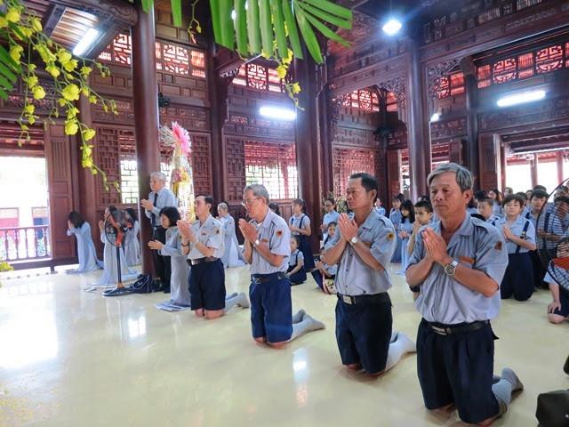 Ban Hướng Dẫn Trung Ương GĐPTVN lễ Phật đầu năm Đinh Dậu