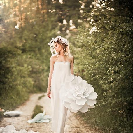 Wedding photographer Anna Velichko (AnnaVel). Photo of 07.07.2016