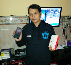 Photo: One of our most recent giveaway winners +Baguz umbaran showing off his new OnePlus One.  We are giving away a OnePlus One this week, enter here: http://goo.gl/2BTC9q
