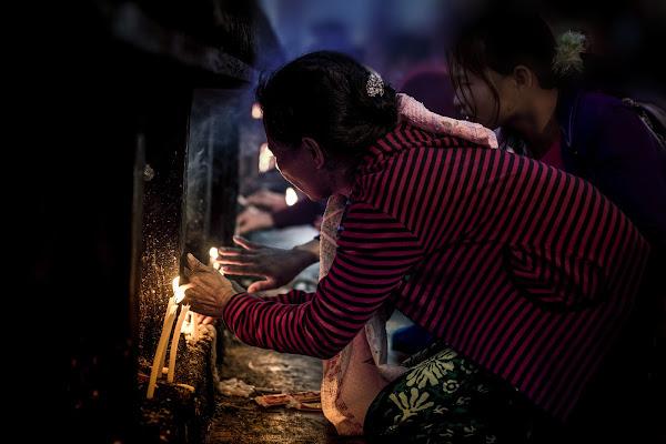 Le candele della fede di Gloria Staffa
